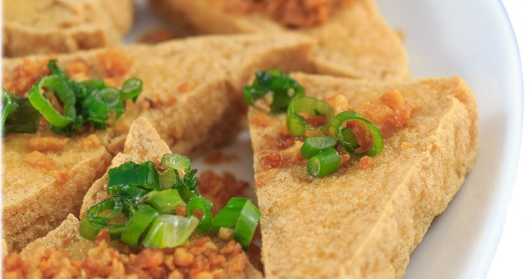Crispy tofu with garlic & soya sauce