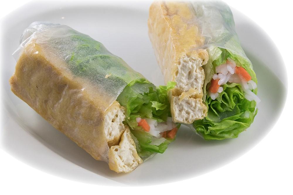Đậu hũ chiên cuốn  Vegetarian salad roll with crispy tofu