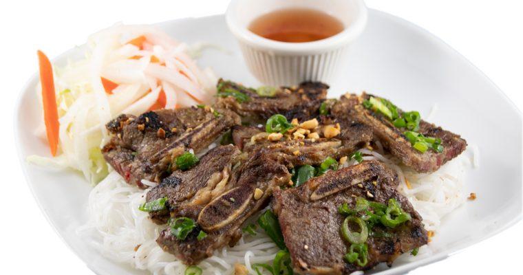 Bún sườn bò nướng – Barbequed beef short rib with rice noodles