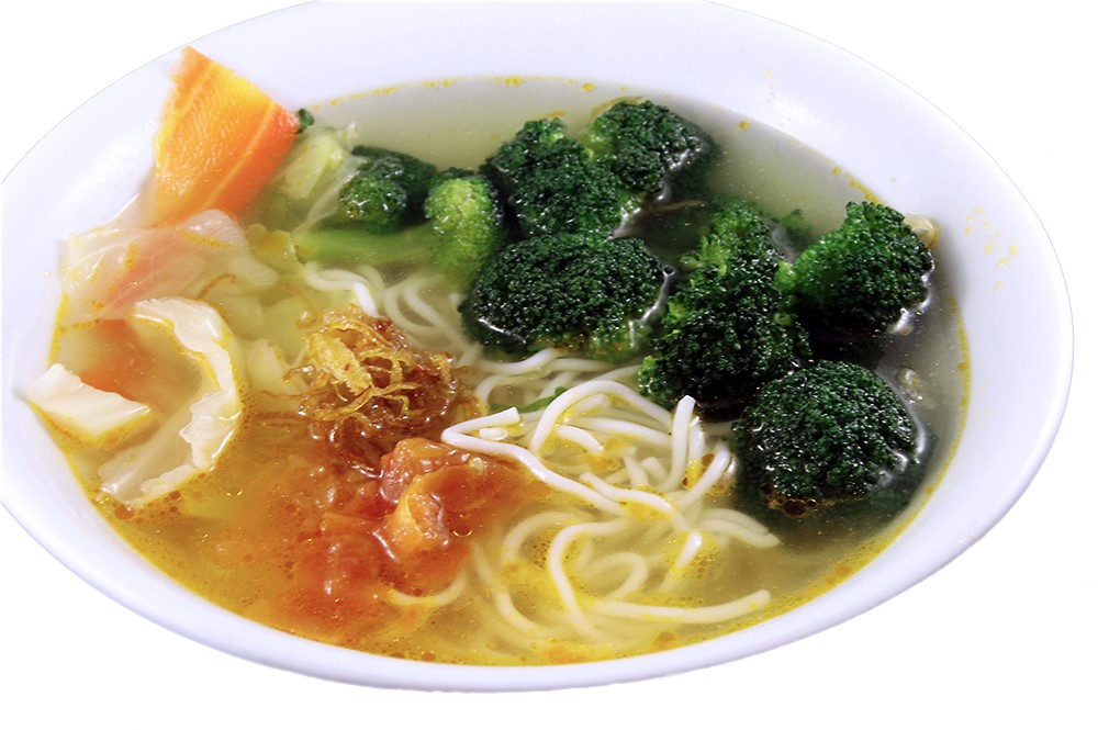Bun Chay – Vegetarian Pho with sautéed tomatoes with thin rice noodle