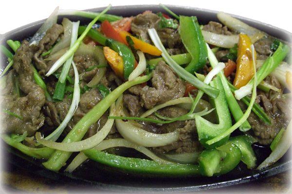 Bò xào dầu hào –  Beef stir fried in oyster sauce