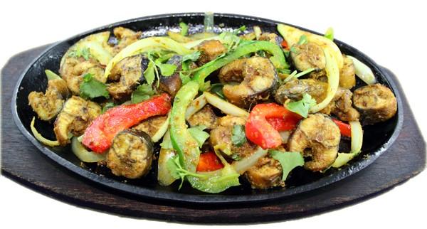 Lươn xào xả ớt  – Stir fried eel with lemongrass & hot chili