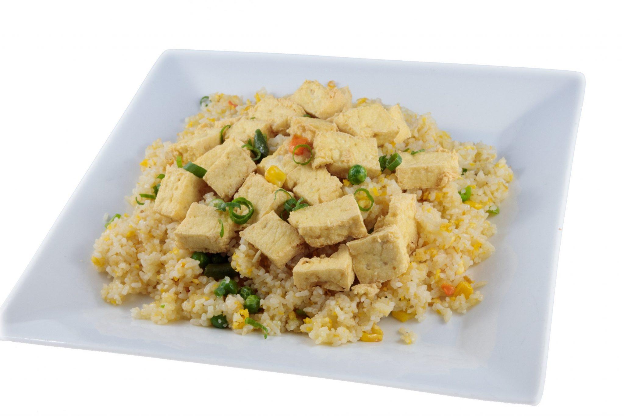 Cơm chiên đậu hủ – Vegetarian fried rice with crispy tofu & vegetables